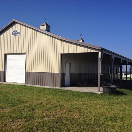 Affordable pole barn contractors for Pole barn home kits indiana